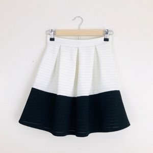 Miami Black & White Pleated Colorblock Mini Skirt